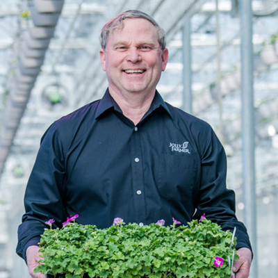 Jolly Farmer improves plant quality with switch to GreenPower toplighting